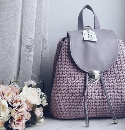 Вязаный рюкзак ручной работы на заказ