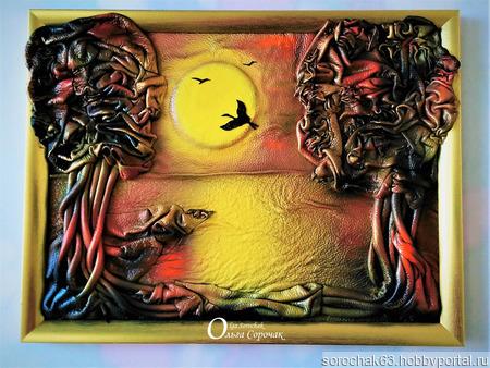 """Картина из натуральной кожи """"Журавли на закате"""" ручной работы на заказ"""