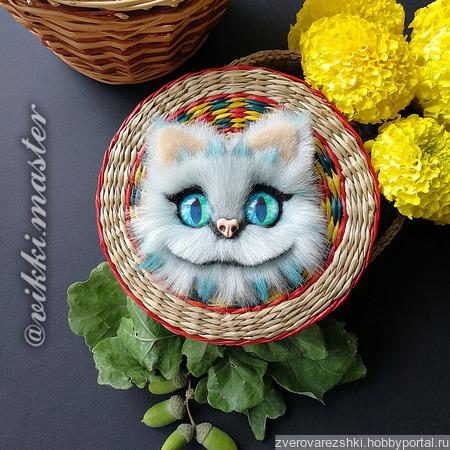 Брошь с Чеширским котом ручной работы на заказ