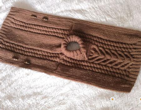 Вязаный жилет-пончо детский ручной работы на заказ