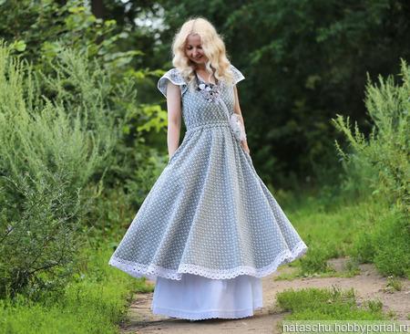 Хлопковое платье с шитьем ручной работы на заказ