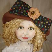 Скульптурно-текстильная кукла Цветочница Анюта