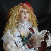 Скульптурно-текстильная кукла Скрипачка