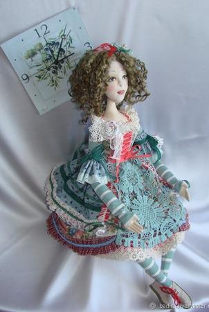 Скульптурно-текстильная кукла Оливия ручной работы на заказ
