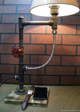 Настольная лампа с вентилем в стиле Лофт/Стимпанк/Индастриал ручной работы на заказ