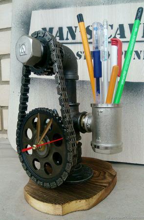 Настольные часы в стиле Лофт/Стимпанк/Индастриал из труб и шестерен ручной работы на заказ
