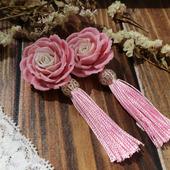 Серьги-кисти с розами из полимерной глины