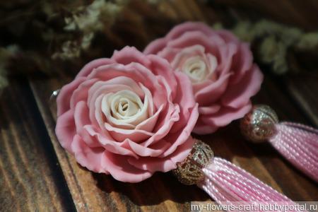 Серьги-кисти с розами из полимерной глины ручной работы на заказ
