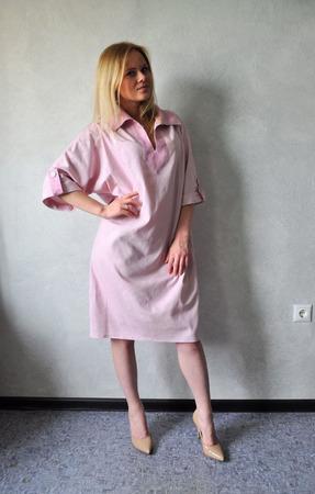 Платье льняное комбинированное - основной пыльная роза ручной работы на заказ