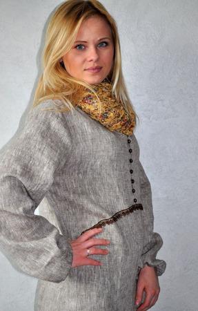 Платье длинное меланжевое изо льна в стиле хиппи ручной работы на заказ