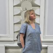 Платье из меланжевого льна с большими карманами