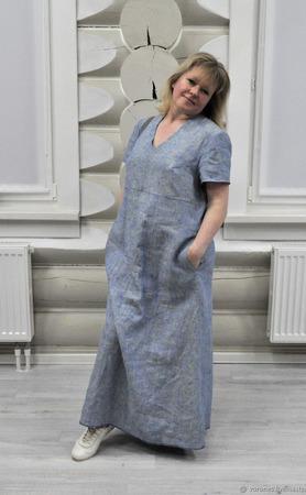 Платье из меланжевого льна с большими карманами ручной работы на заказ