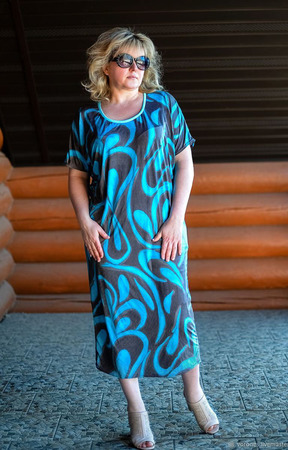 Летнее платье из трикотажа ручной работы на заказ