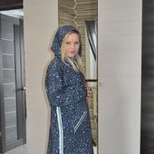 Платье худи из футера с лампасами