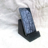 Подставка под телефон из мореного дуба