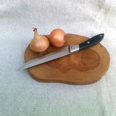 Дощечка для нарезки из спила яблони