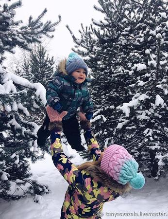 """Комплект шапок для мамы и ее малыша """"Family look"""" ручной работы на заказ"""