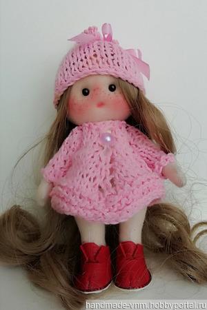Куколка-брелок ручной работы на заказ
