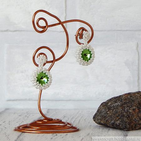 Серьги с кристаллами Green look ручной работы на заказ