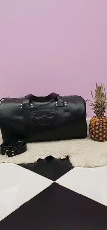 Дорожная сумка из натуральной кожи с тиснением ручной работы на заказ