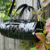 Женская спортивная сумка из натуральной кожи под крокодила