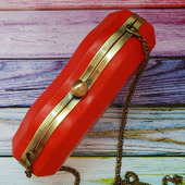 Красный клатч в форме губ из натуральной кожи