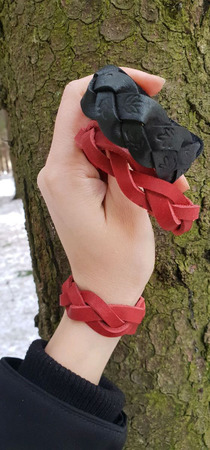 """Кожаный красный  браслет """"Косичка"""" ручной работы на заказ"""