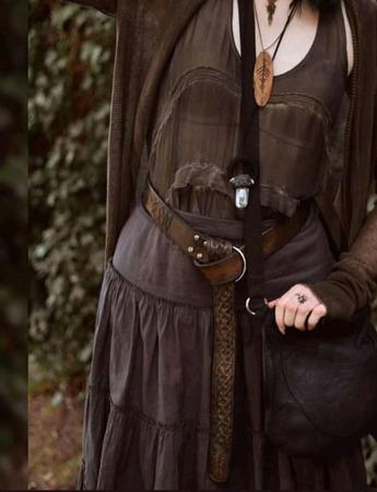 Ремень кожаный женский с кельтским узором ручной работы на заказ