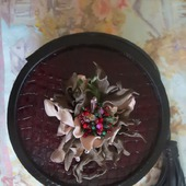 """Брошка """"Каменный цветок"""" из натуральной итальянской кожи"""