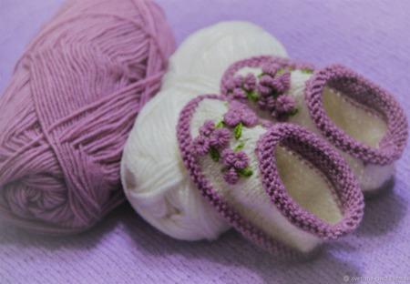 Пинетки для девочки с вышивкой ручной работы на заказ