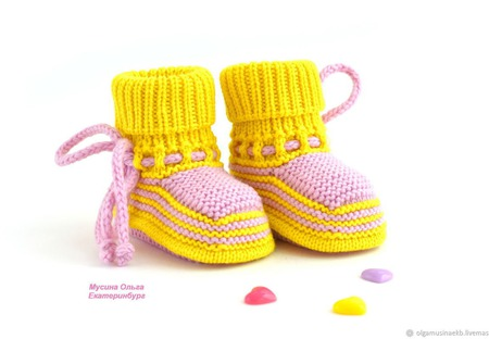 """Желтые вязаные пинетки для девочки """"Карамельки"""" ручной работы на заказ"""