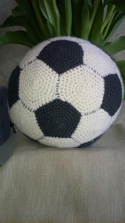Футбольный мяч ручной работы на заказ