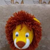 Вязаная крючком детская игрушка лев