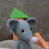 Детская игрушка мышка