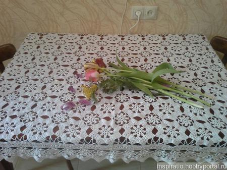 Скатерть из цветочных мотивов ручной работы на заказ