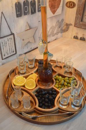 Набор для сервировки стола из дуба и ясеня ручной работы на заказ