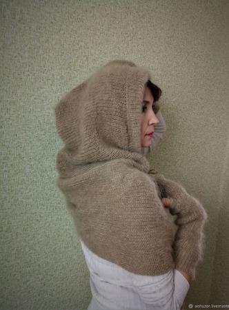 Шарф-капюшон вязаный пуховый ручной работы на заказ