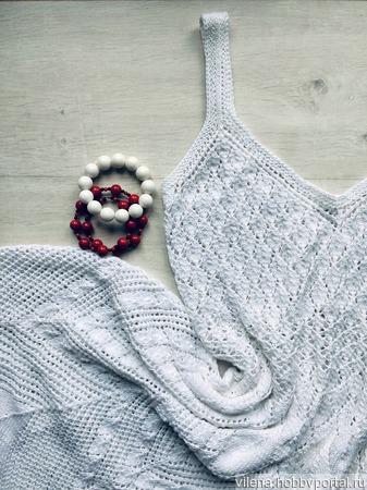 Вязаное платье спицами ручной работы на заказ