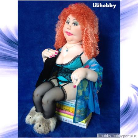 Рыжая кукла с туалетной бумагой интерьерная ручной работы на заказ