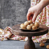 фото: Кухонная утварь (тортовница)