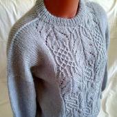 Вязаный свитер ручной работы из мохера в Москве