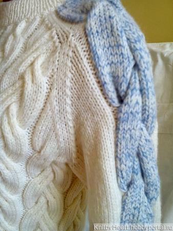 Вязаный свитер женский ручной работы Knit by Heart ручной работы на заказ