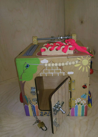 """Развивающий куб-бизиборд  """"Куколка"""" ручной работы на заказ"""