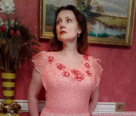"""Платье женское вязаное """"Нежные розы"""" ручной работы на заказ"""