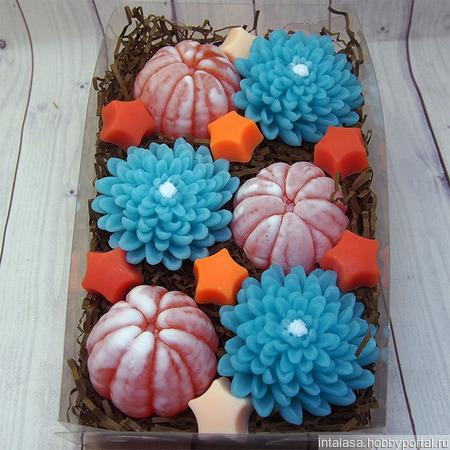 Подарочный набор мыла ручной работы с мандаринами и астрами ручной работы на заказ
