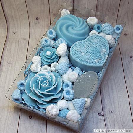 Подарочный набор из мыла и дезодоранта ручной работы ручной работы на заказ