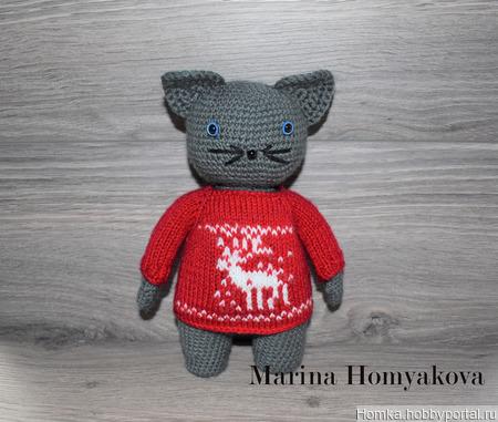 Котик в красном свитере ручной работы на заказ