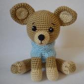 Собачка чихуахуа в свитере