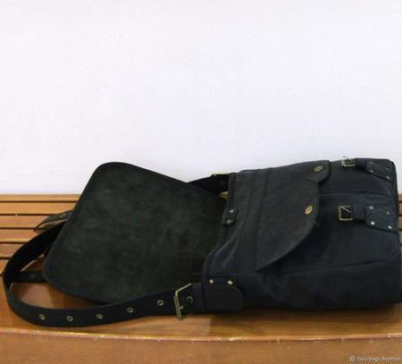 "Мужская кожаная сумка мессенджер ""Акцент"" черная ручной работы на заказ"
