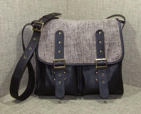 """Мужская сумка мессенджер из натуральной кожи и текстиля """"Гелиос"""" ручной работы на заказ"""